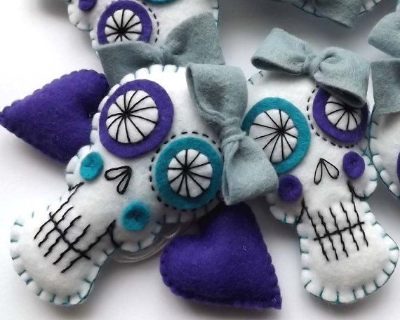 Felt Sugar Skull Garland Day of the Dead Decoration