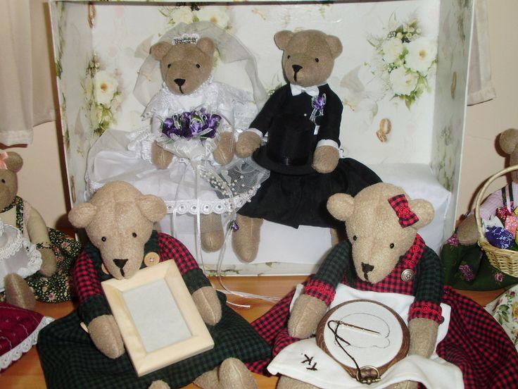Gobelin készítő macik és esküvői macipár