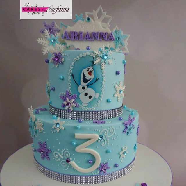 Instagram media by cakesbystefania - Frozen cake! #disneys #frozen #frozencake #frozentheme #disneysfrozen #disneytheme #olaf #snowflakes #anna #elsa #happybirthday #arianna #fondantcake #birthdaycake #cake #cakes #cakedesigner #frozenparty #newyork #longisland #cakesbystefania