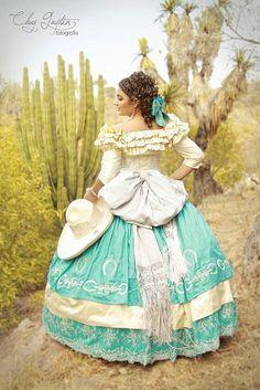Vestido de XV Años de Escaramuza Charra Mex.