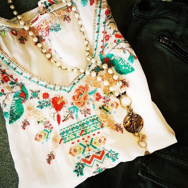 Johnny Was Clothing Priscilla Blouse Embroidery Detail via Instagram @johnnywasclothing