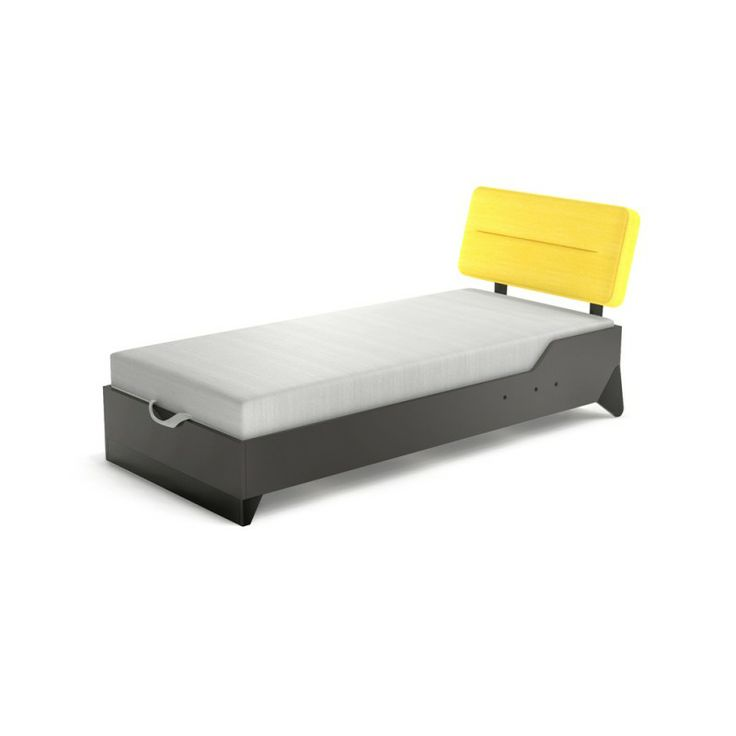 CAMA - BEEP  Moderna cama juvenil con arcón de almacenaje y colchón incluido. Funda del colchón disponible en color negro o gris.  Patas en ...