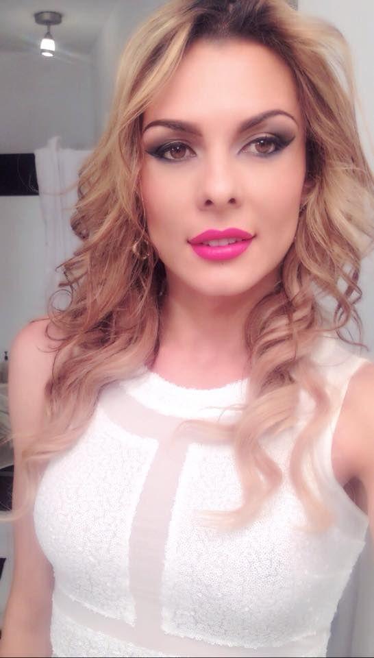 sandybrown121:  randomtgirl:  Danna Sultana  Beautiful TGirl. Looks completely female. Those lips!