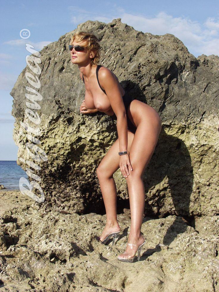 sexy emo hotties nude