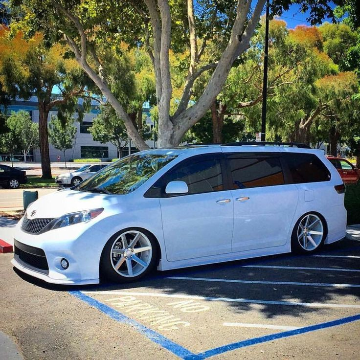 Get Terrific Tips On Toyota Sienna They Are Actually On Call For You On Our Website Toyota Van Toyota Sienna Mini Van