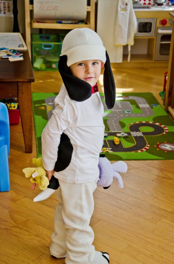 How to Make a Snoopy Costume   Cute costume idea from @It's Fitting