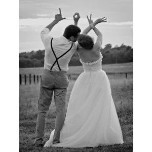 Bride and Groom Photos - Creative Wedding Photos   Wedding Planning, Ideas & Etiquette   Bridal Guide Magazine