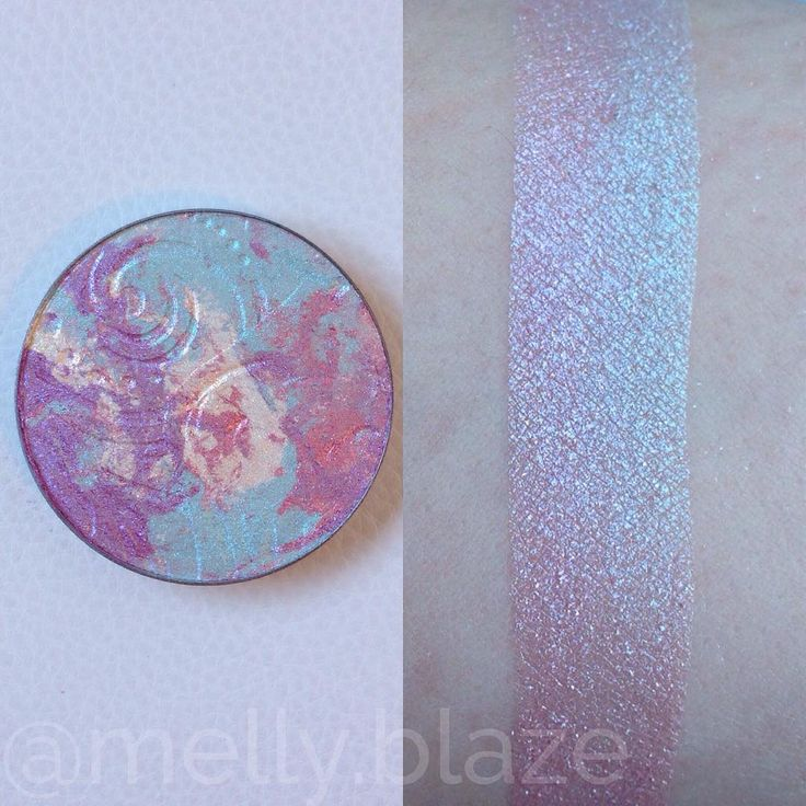 @ melly.blazes swatch of MARBLED highlight from @ bitter.lace.beauty