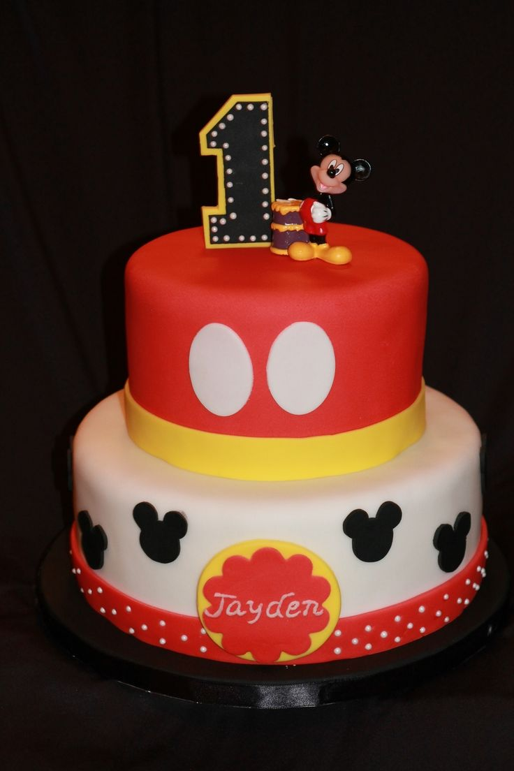 mickey mouse cake best 25 mickey mouse cake ideas on mickey 5876