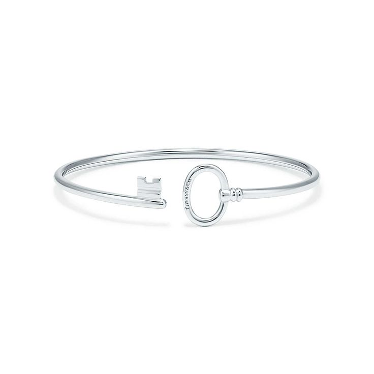 Tiffany Keys wire bracelet in 18k white gold, medium. | Tiffany & Co.