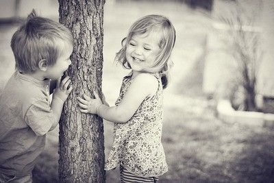 .: Brother Sisters, Kids Plays, Inspiration Pictures, Cute Kids, Life Is Good, Young Love, Peekaboo, Peek A Boo, So Sweet