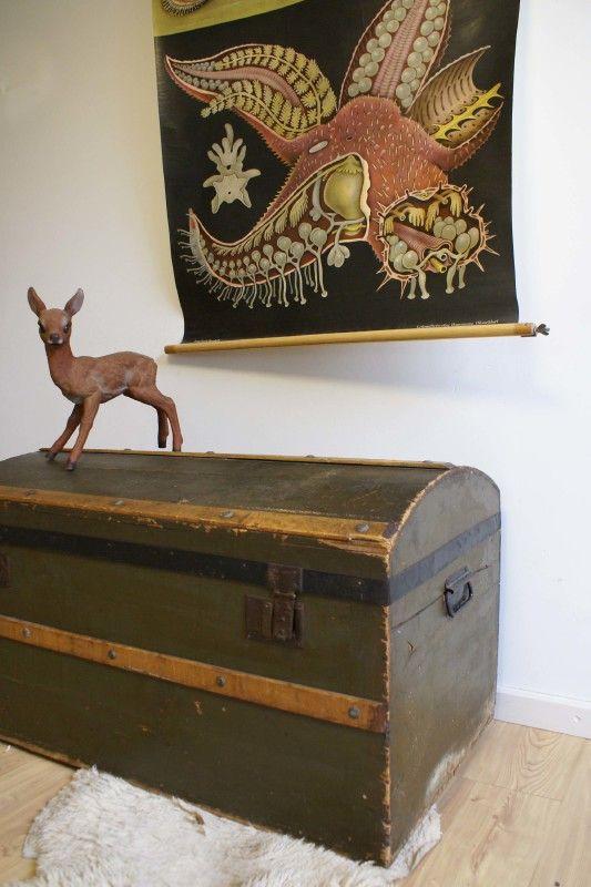 Grote vintage kist. Antieke/brocante houten hutkoffer | Toffe meubels | Flat Sheep