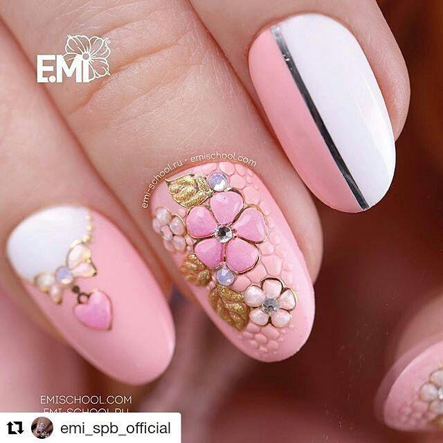 """42 Me gusta, 2 comentarios - 👍 обучение,маникюр,дизайн (@emischool_vologda) en Instagram: """"Красивейший и очень женственный дизайн во всех подробностях 😍На ноготке: E.MiLac 086 «Кэролайн» из…"""""""