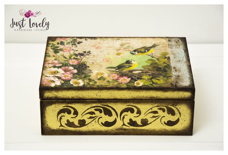 Vintage spring box, decupage box, yellow box with birds and flowers, Just Lovely Handmade Studio #birds #yellowbrowntoo #bigbox #decoupage #art #justlovelyhandmadestudio