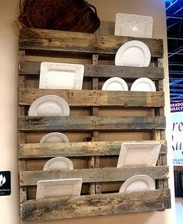 Old pallet made into a dish display!  LOVE.