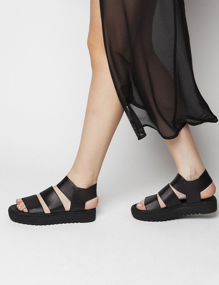 Brandi Flatforms S/S 2015 #Fred #keepfred #shoes #collection #fashion #style #new #women #trends #flatforms #lastixa #sandals #black