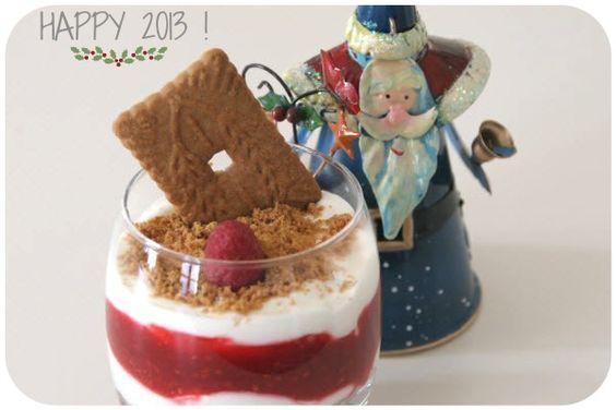 Je sais que nous sortons juste d'une période extrêmement lourde en termes de calories, mais je débute l'année 2013 en vous proposant une petite recette qui, avouons-le, a fait son petit effet à l'occasion de notre Réveillon de Noël. Ceci dit, si les fêtes sont passées, je pense que ce dessert à la fois fruitéContinue reading