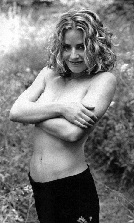 Elisabeth Shue Sexy Pictures