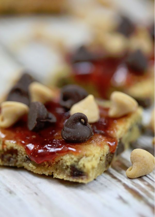 Delicious Peanut butter and jelly bar recipe!