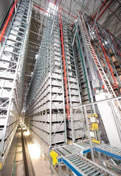 SSI Schaefer ha diseñado para los 27.000 recambios componentes de Suer un almacén central automatizado que incluye un almacén a gran altura y un miniload