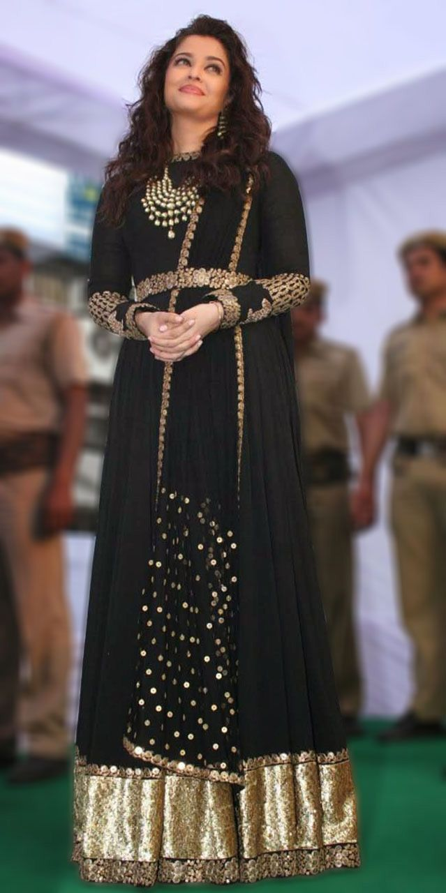 USD 92.73 Aishwarya Rai Black Anarkali Suit At Launch of Kalyan Jewellers 40446