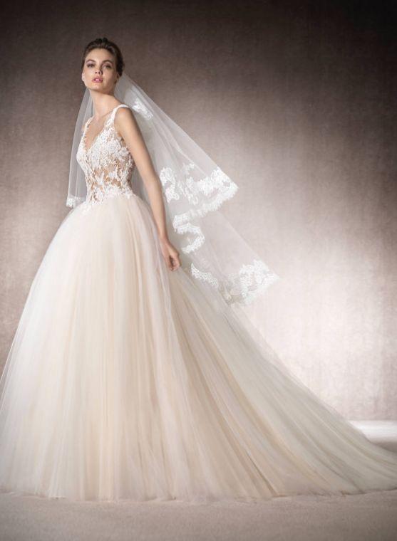St. Patrick Wedding Dress Inspiration
