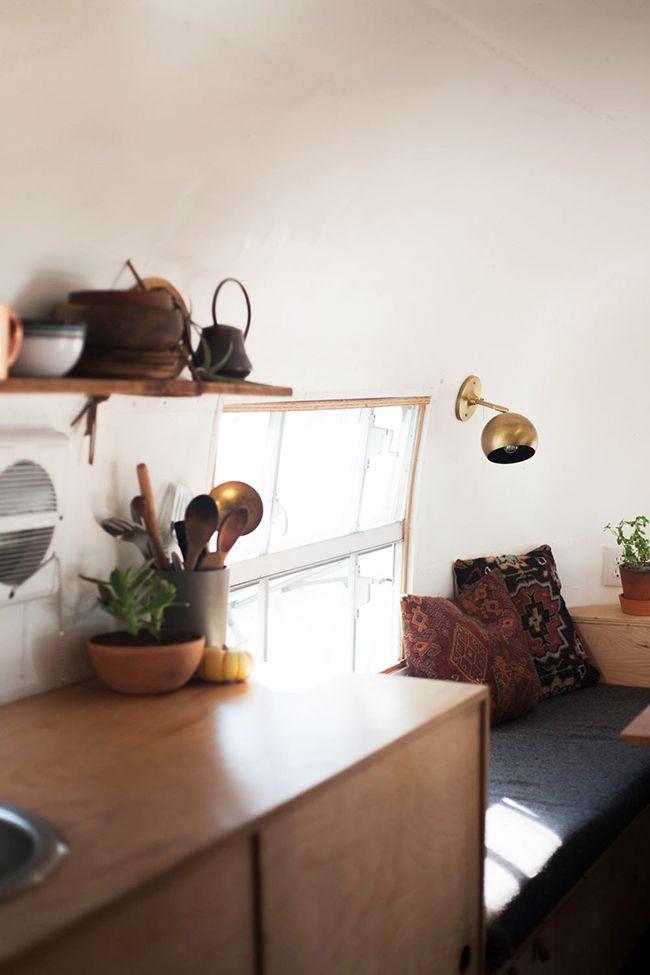 17 meilleures id es propos de relooking caravane sur for Caravane chambre 19 meubles