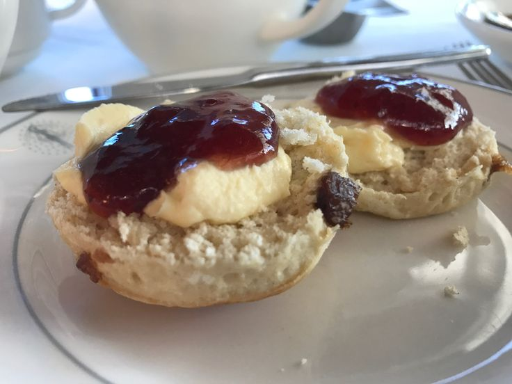Traditional Afternoon Tea Scones on Fred Olsen Balmoral http://www.tipsfortravellers.com/fred-olsen-cruise-review/