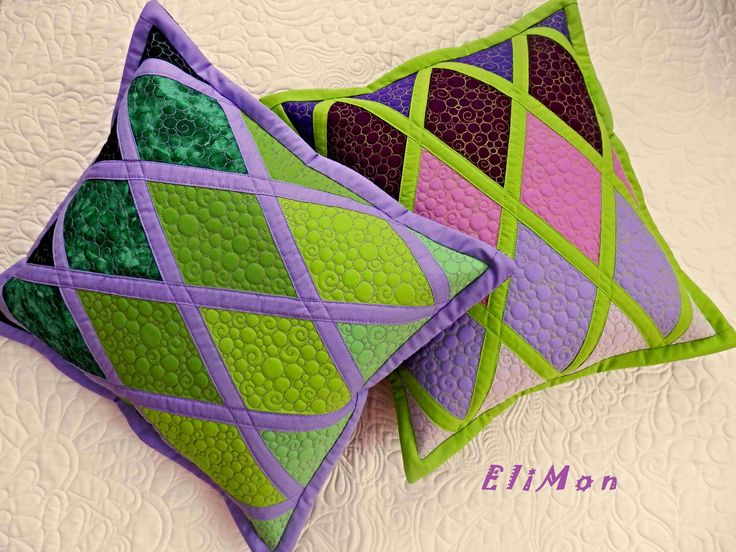 set pillow patchwork and quilt , green & purple.