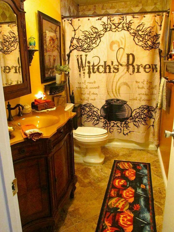 Bathroom Halloween Decorations I would so do this if I could find this stuff