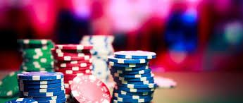 Online gambling sites offer free bets no deposit required casino. It's indeed great if you think you can easily win real money without any sort of risks. In this relate, there are plenty of online sites available as per your requirements and convenience without any deposit being made.