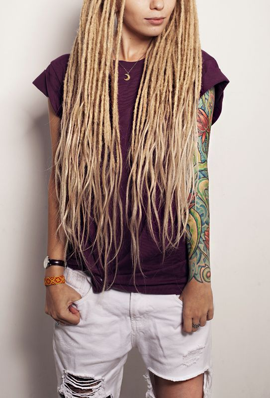 Kristina Wud - Perfect Dreads! blogger and gypsy hippie soul. amazing hair blond color