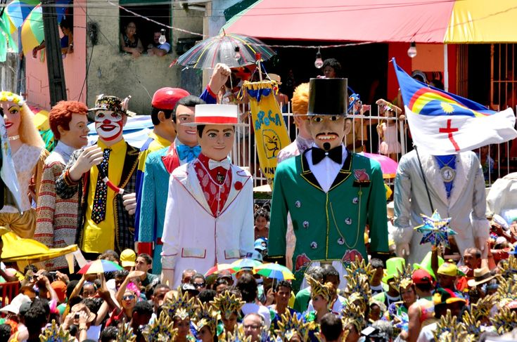 Resultado de imagem para carnaval olinda bonecos gigantes