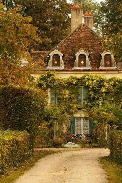 French Country Home Interior Design: 17 Best Images About Charming Cottage Decor On Pinterest