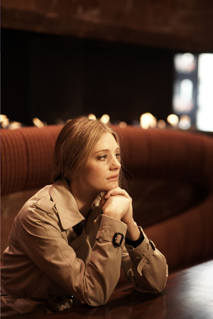 Romola Garai, She's so pretty, I love her
