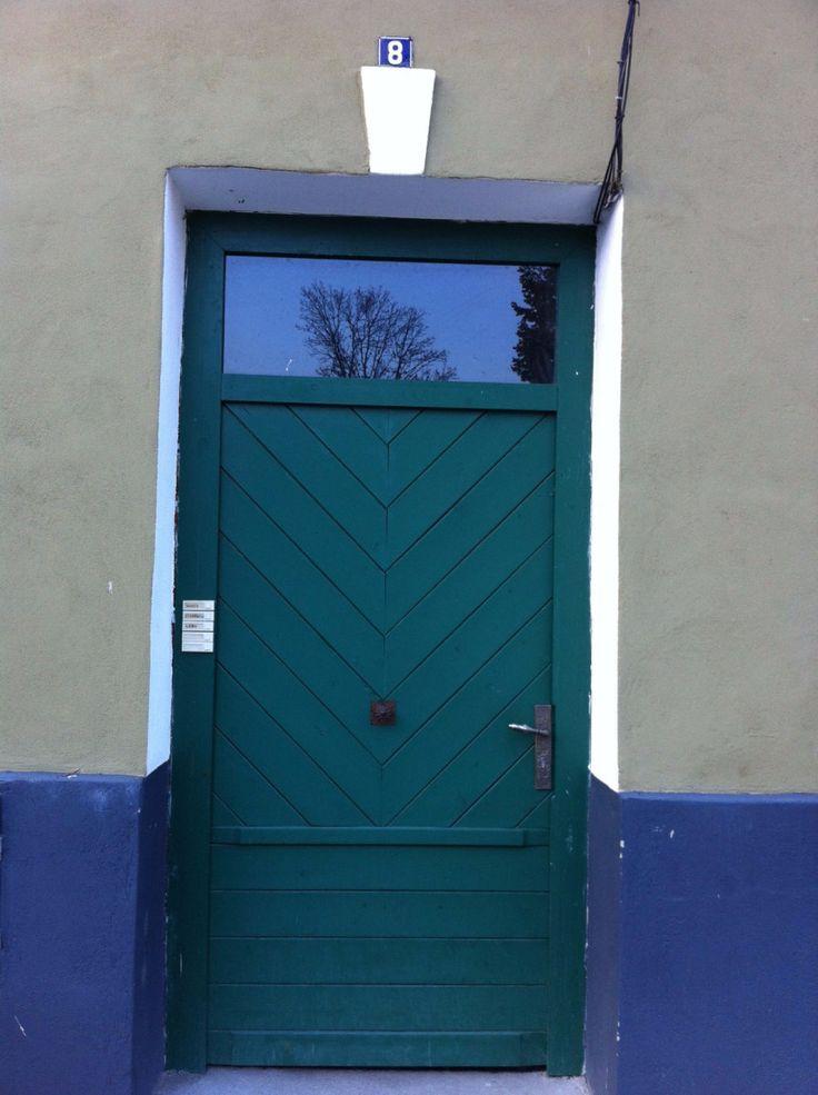 Door Romania