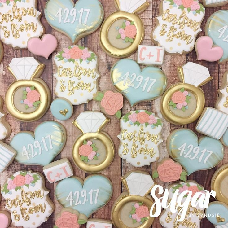 "412 Likes, 7 Comments - Lyndsie Hays (@sugarbylyndsie) on Instagram: ""Love the color scheme of these bridal shower cookies!  #customcookies #decoratedcookies #dallas…"""