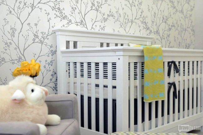 Get up close and personal with Mark-Paul Gosselaar's new baby room in his Jeff Lewis 'Flipped Out' home here!