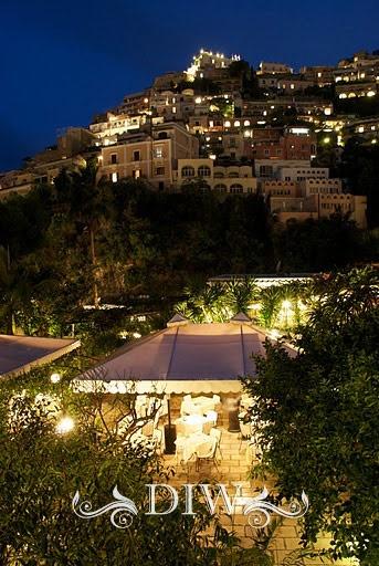 http://www.distinctiveitalyweddings.com/italian-wedding-locations/amalfi-coast-weddings/positano-weddings/reception/palace-with-gardens.html#