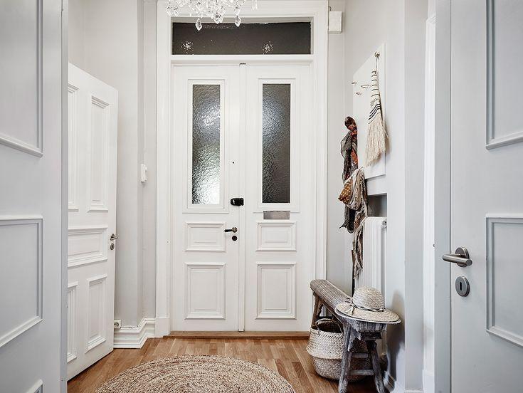 Condominium, Erik Dahlbergsgatan 30 ve městě Göteborg - Vchod Fastighetsmäkleri