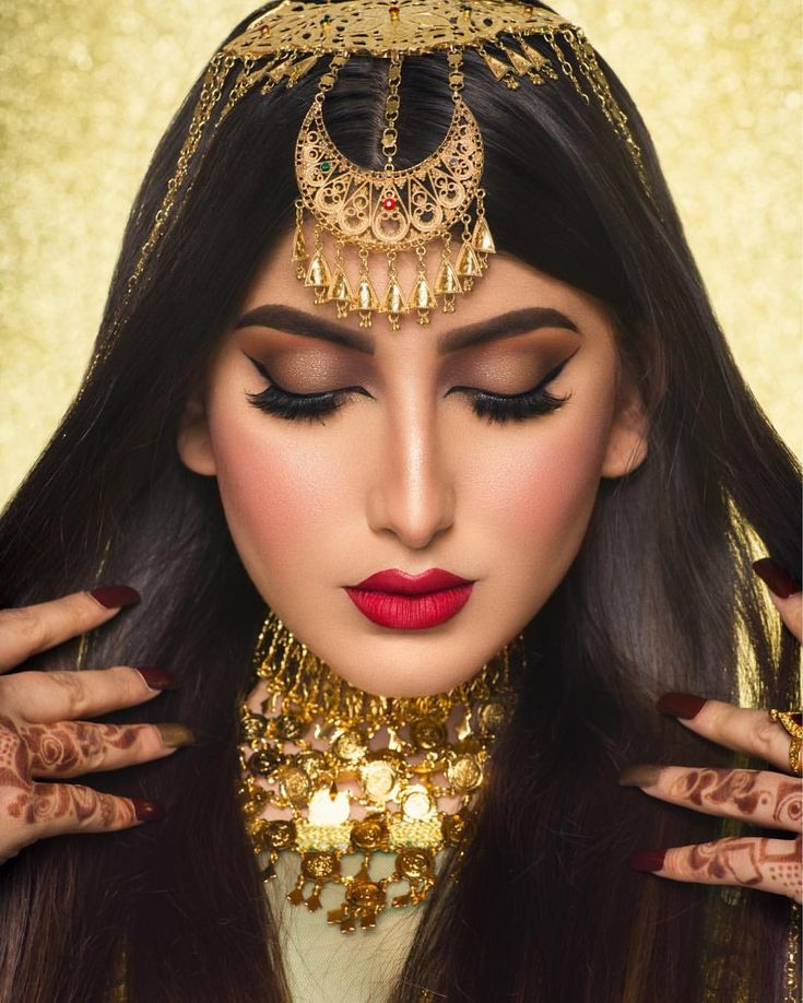392 Likes 25 Comments A Talented Makeup Artist Hessamakeup On Instagram و قلبي اختآر Fashion Makeup Beautiful Girl Indian Hair And Makeup Artist