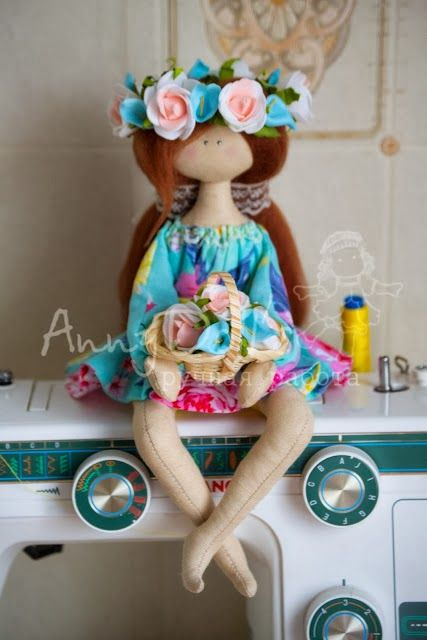 Mimin Dolls: Doll sitting...page 1 of 2