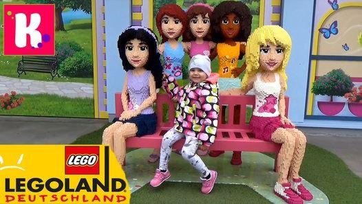 Второй день в Германии Леголэнд Фериндорф, катаемся на атракционах, летаем на самолётике и катаемся на паровозике, не большой шоппинг в ЛЕГО сторе Germany#2 Lego lend (Feriendorf) Germany Resorts, have fun in the LEGO Park and shopping toys in LEGO store Детский канал Мистер Макс и Мисс Катя !  Спасибо, что смотрите новые серии мое новое видео 2016 !  Телеканал для детей!  Thanks for watching my video!  Baby channel Mister Max & Miss Katy !  Please - Like, Comment...Subscribe to my channel…