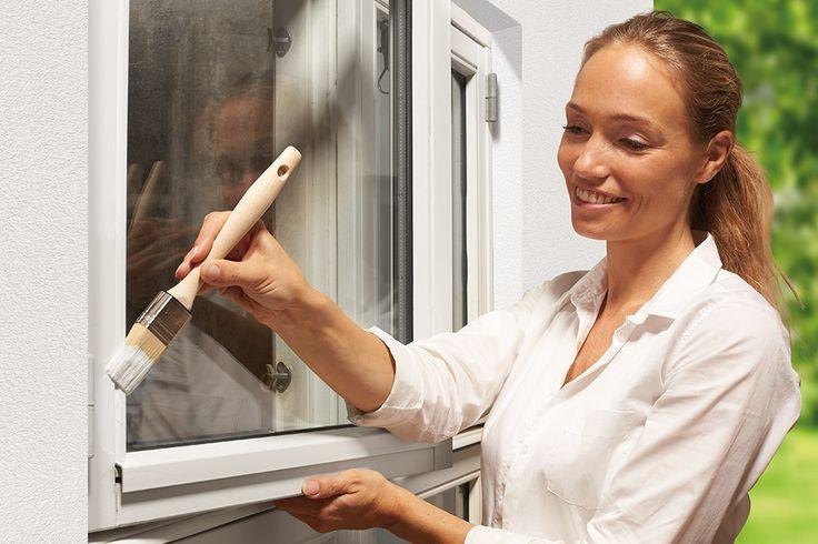 Træbeskyttelse af vinduer og døre kan være et uoverskueligt projekt – men med disse tips kan du nemt gøre arbejdet rigtigt og sikre et holdbart result...