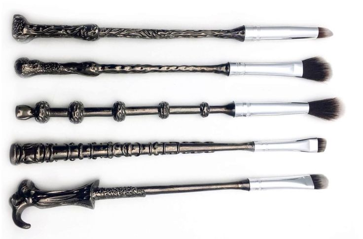 Good News, Muggles: Wand-Shaped Makeup Brushes for Accio-ing Your Eyeshadow — Design News @alysew