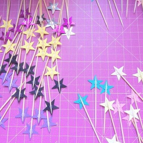 Some of our new cake toppers in progress! ✨💖✨  #paper #handmade #stars #caketopper #cupcaketoppers #glasgowetsy #coloupop #design #scottishcreatives #igersglasgow #supportsmallbusiness #pink #yellow #blue #metallic