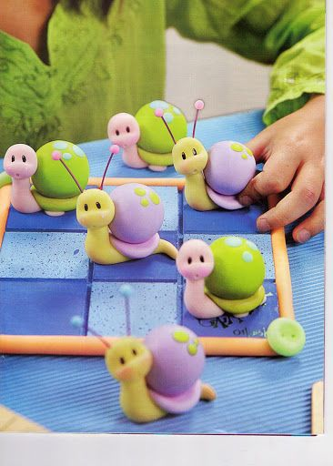 Snails cupcake topper