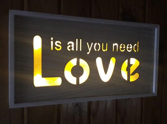 Cartel Luminoso Led Vintage Love Is All You Need, Amor
