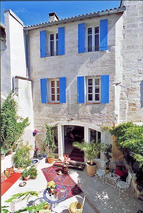 69 best avignon images on Pinterest Beautiful places, Provence