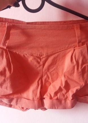 Kup mój przedmiot na #vintedpl http://www.vinted.pl/damska-odziez/spodnie-inne/12572227-ciemno-rozowe-spodenki-z-wyzszym-stanem